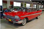 Plymouth Fury Hardtop, rot/weiss
